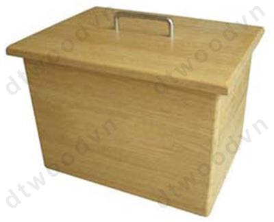 Bread box with loose cover without engraving