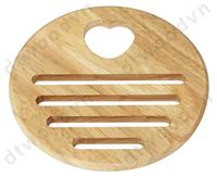 Round trivet with heart hole  handle