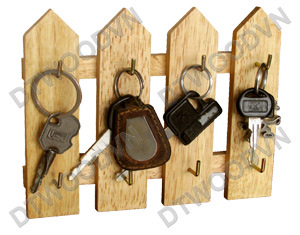 8-key hanger with 4 bar fence shape